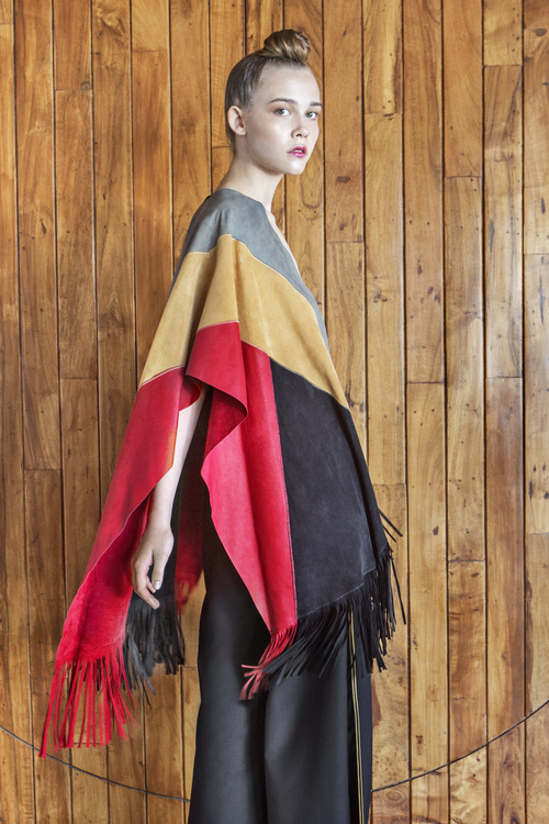 3-BREENA-PONCHO-SIDE-